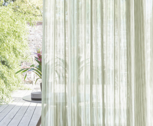 Adele_Mood_Shot_3