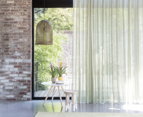 Adele_Mood_Shot_4